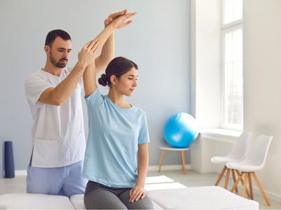 When Should You See a Physiotherapist? | Gen Physio